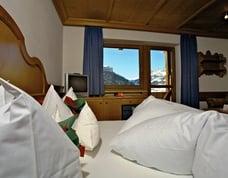 Zimmer im Hotel mit Panorama Blick