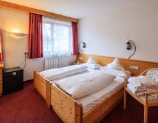 Mansarde Zimmer oder kleines Doppelzimmer ohne Balkon