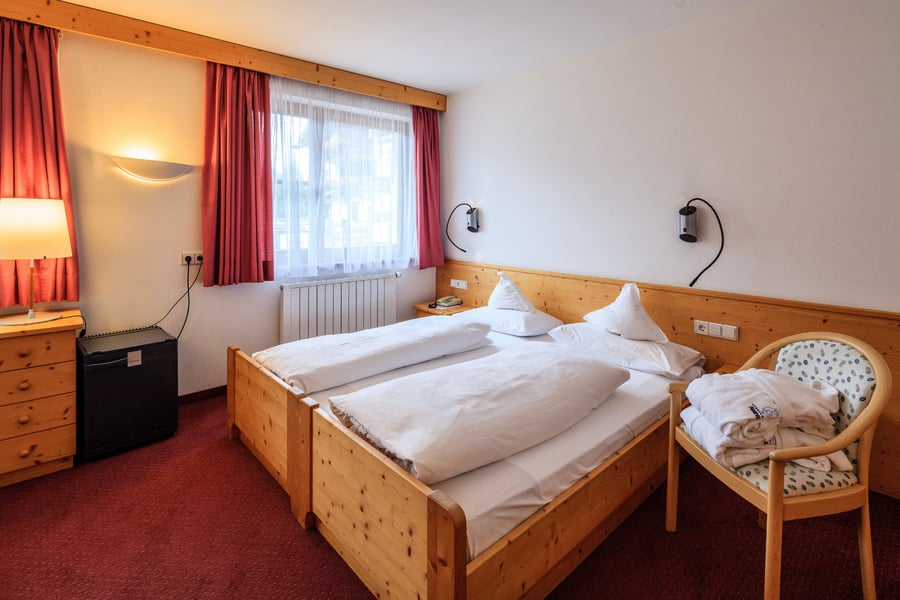 Mansard double room or small double room without balcony for Mansard room